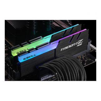 G.Skill Trident Z RGB F4-3000C16S-8GTZR RAM (1 x 8GB)