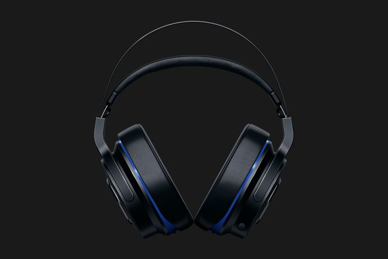 Razer Thresher – Wireless and Wired Gaming Headset for PC / PS4 (RZ04-02230100-R3M1)